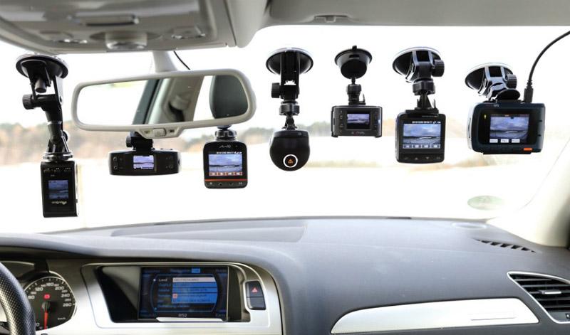 Lắp đặt camera hành trình