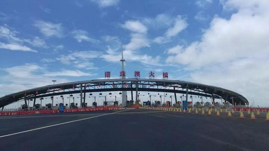 Hikvision hỗ trợ giám sát cây cầu vượt biển dài nhất thế giới